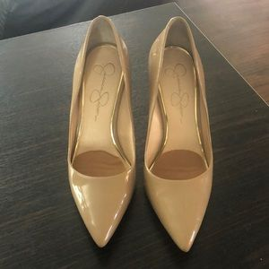 Jessica Simpson shoes. Perfect classic shape